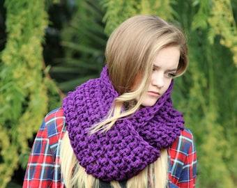 Purple Winter Cowls/ Cowls/ Womens/ Eggplant/ Bulky Scarf/ Womens Winter Scarf/ Teen Purple Scarf/ Infinity Cowl/ Infinity Scarf