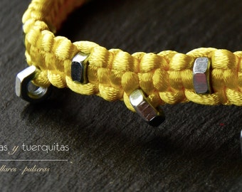 Yellow nuts necklace