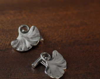 Ginkgo leaf cufflinks - Sterling silver leaves for gardeners and tree lovers