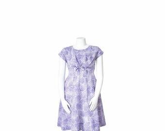 1950s Day Dress • 50s Purple Floral Dress • L  Large