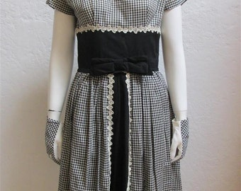 On Sale! 1950's Black And White Gingham Rockabilly Wiggle Dress With Detachable Full Skirt And Matching Gloves - Size: 27 Inch Waist
