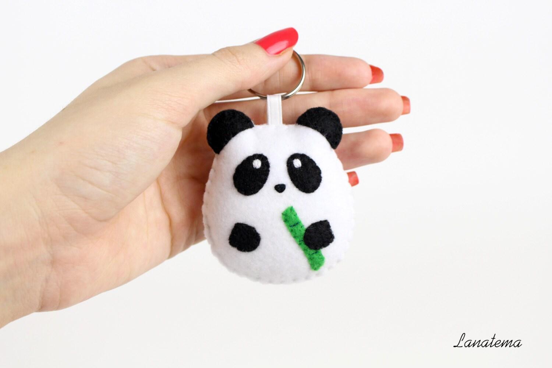 Panda portachiavi in pannolenci realizzato a mano portachiavi for Portachiavi pannolenci