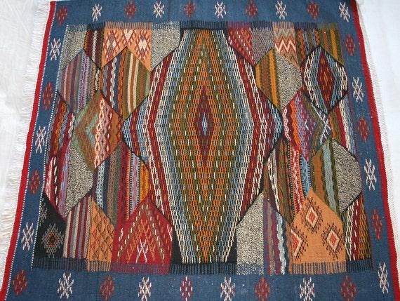 tapis kilim tapis berbere tapis maroc tapis marocain par zanafi. Black Bedroom Furniture Sets. Home Design Ideas