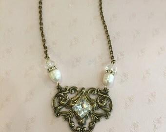 Vintage Sparkle Necklace
