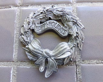 1995 Pewter Happy Holidays Christmas Wreath Ornament By Fingerhut Made USA, Pewter Ornament