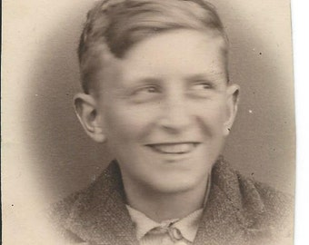 Vintage 1920s Photograph - Cheeky Grinning Lad