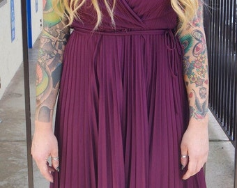 Vintage women's JT Dress Co. by Jody of California burgundy plunge v-neck pleated sleeveless maxi flowing dress 50's 60's 70's sheer stretch