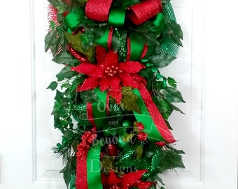 Christmas swag, Red green Christmas wreath, Red green Christmas swags, Christmas door swag, Traditional Christmas swag, Red door swag, Swag