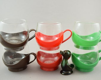 Vintage Melitta Drink Up Cups, Glass Cups with Holders, red brown and green, Flower Power  Punch Glasses, Plastic Cup Holders