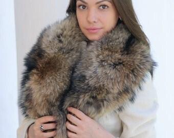 Raccoon fur collar (scarf)