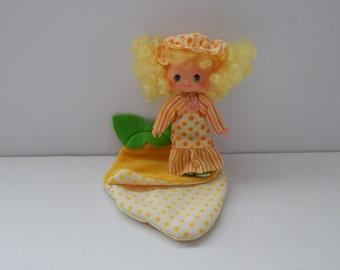 Vintage Strawberry Shortcake Sweet Sleeper Doll Lemon Meringue Kenner 1980s