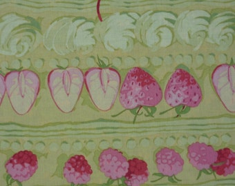 Strawberries / Cherries / Raspberries – Martha Negley – Rowan Fabrics – Quilting Patchwork Fabric FQ
