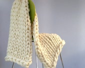 """Throw KNITTING KIT. 25"""" x 51"""", 40mm Giant Knitting Needles Super Chunky DIY knit, Learn to knit, extreme knitting, pure merino blanket"""