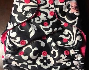 One size 'Fleur' cloth pocket diaper