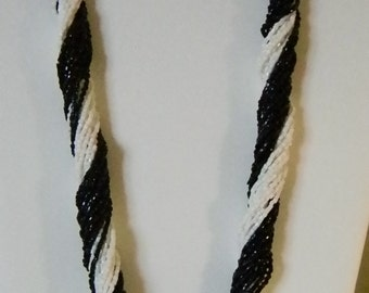 Black and White Twist Tiny Beaded Necklace