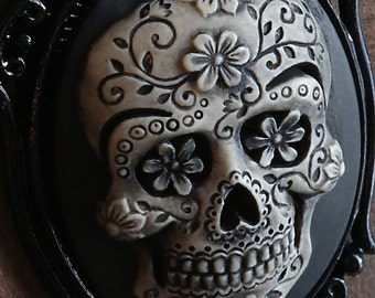 Day of the Dead Sugar Skull Cameo Necklace. Black