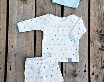Gender Neutral Coming Home Outfit, Baby Boy, Baby Girl, Size Newborn, 0-3 mos, 3-6 mos, 6-9 mos