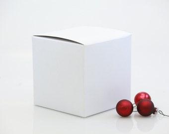 """4"""" x 4"""" x 4"""" Glossy White Ornament Gift Box"""