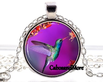 Necklace Hummingbird necklace Hummingbird cabochon necklace