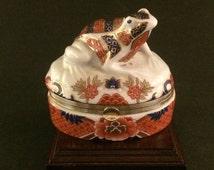 Japanese Imari Style Porcelain Hinged Box with Frog