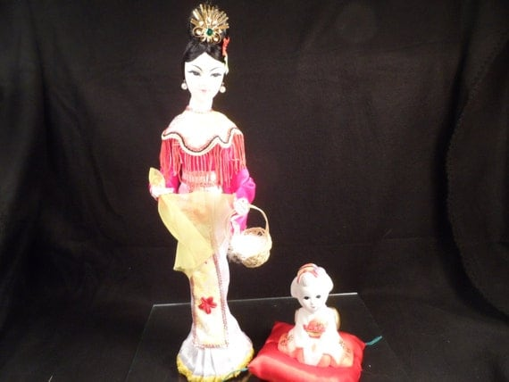 Geisha Doll and Foot Maiden Vintage Cloth and Silk Doll, Fujimusume Wisteria Daughter From Japan 1970