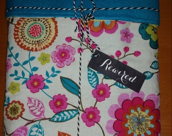 Cute, Bright Floral Patterned Baby Blanket