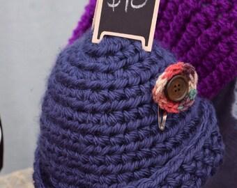 Blue beanie with crochet clip