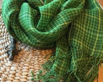 Handloom linen scarf / beach scarf / linen scarf / summer scarf / spring summer scarf