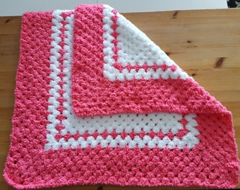 Pink baby Blanket, Pink Crochet Blanket, Ready to ship, Baby Girl Blanket, Pink nursery bedding, Stroller Cover, Pink Afghan