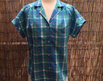 Vintage womens short sleeve blue plaid button up/blouse/top/Size10/Medium