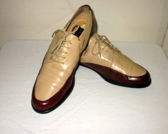 sz 8b women vintage brown and sand color leather lace up oxford shoes