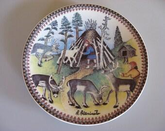 ARABIA FINLAND Lappi Plate Andreas Alarieston. Made in Finland