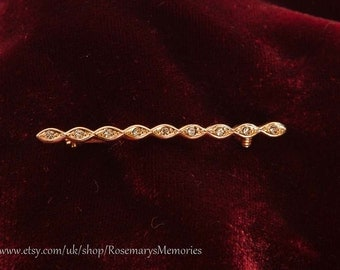 Delicate twisted gold plated bar with rhinestones, 46 mm long, vintage pin, gold plated, clear rhinestones, scarf pin,