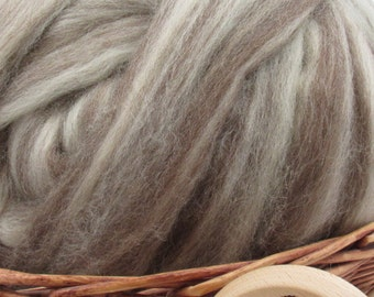 Mixed Blue Face Leicester Wool Top Roving - Undyed Spinning & Felting Fiber / 1oz