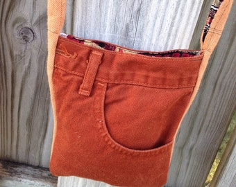 Cross body pocket purse