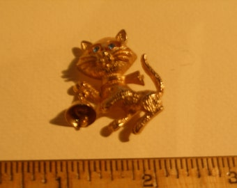 Avon Kitty Brooch(517)