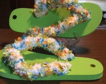 Crocheted fringe Fun flip flops size medium