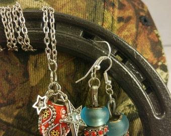 Handmade horseshoe nail set (paisly/blue/red)