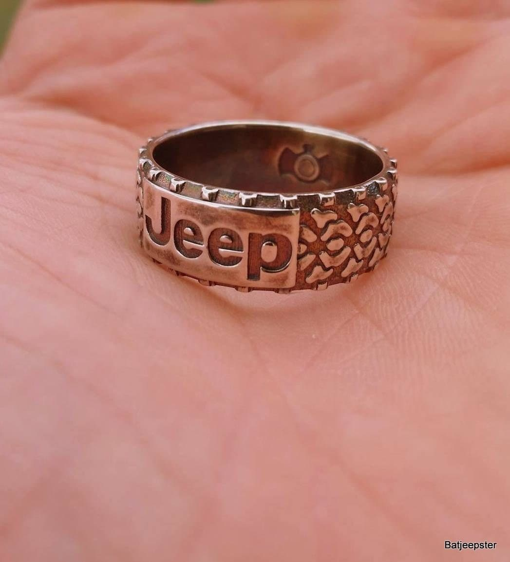 Custom Jeep Ring With Tread For Your Off Road Adventures