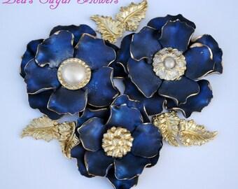 3 Vintage brooch Fondant Flowers