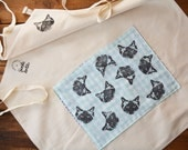 Black Cat Limpet Shell Pocket Natural Thick Canvas Apron. Pickle Cat Face. One Size Fits All. Tie belts. Adjustable straps.