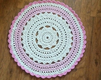 white Rug, pink rug, Crochet Rug - Babyroom Round Rug - Cotton Rag Rug - Children Crochet Rug - Knit Rug, Vintage Rug