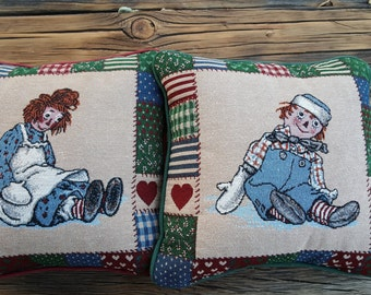 SALE - Raggedy Ann and Andy Vintage Decorative Pillows, Holiday Pillows, Red and Green Pillows, Kids Room