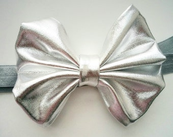 Silver hair bow, silver baby headband, baby bow, newborn headband, toddler hair bow, baby girl headband, gift for baby, baby shower gift