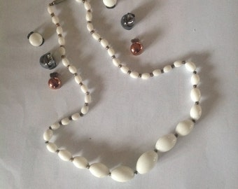 French summer white necklace