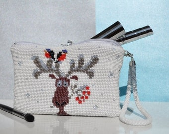 Christmas deer makeup bag accessory white beads toiletry bag travel zipper pouch cosmetic medium zippered pencil knitted bridesmaid gift