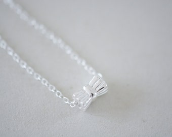 Dainty necklace with bow pendant sterling silver