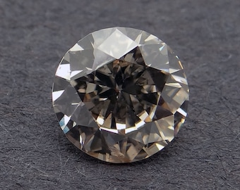 GIA Certified Loose 0.63ct Fancy Brown Round Cut Diamond 5.57 - 5.65 * 3.21mm