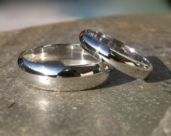 Wedding band set, Sterling silver his and hers wedding rings, 6mm and 4mm wide, domed wedding ring highly polished