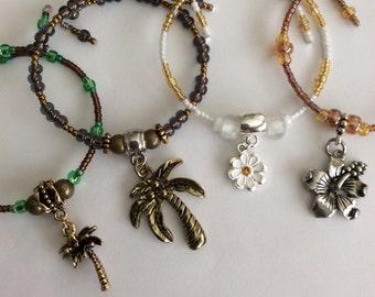 Flower Charm Bracelet, Stretchy Charm beaded Bracelets, Floral Charms Bracelet, Stackable Bracelet, Beaded Bracelets, gifts for her,